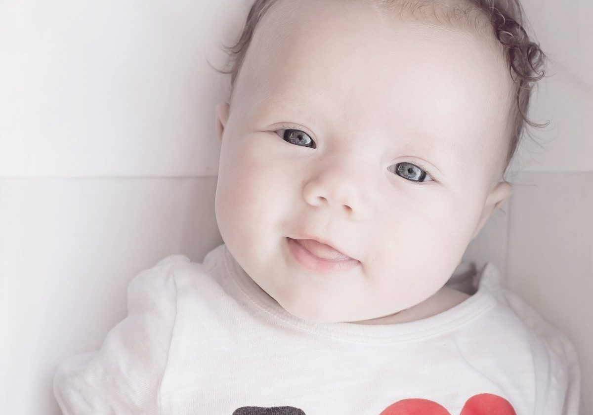 Dois-je éviter le gluten dans les premiers aliments de mon bébé ?