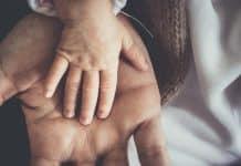 La réalisation d'un test de paternité est simple et pratique