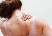 Les douleurs à l'omoplate droite : explications
